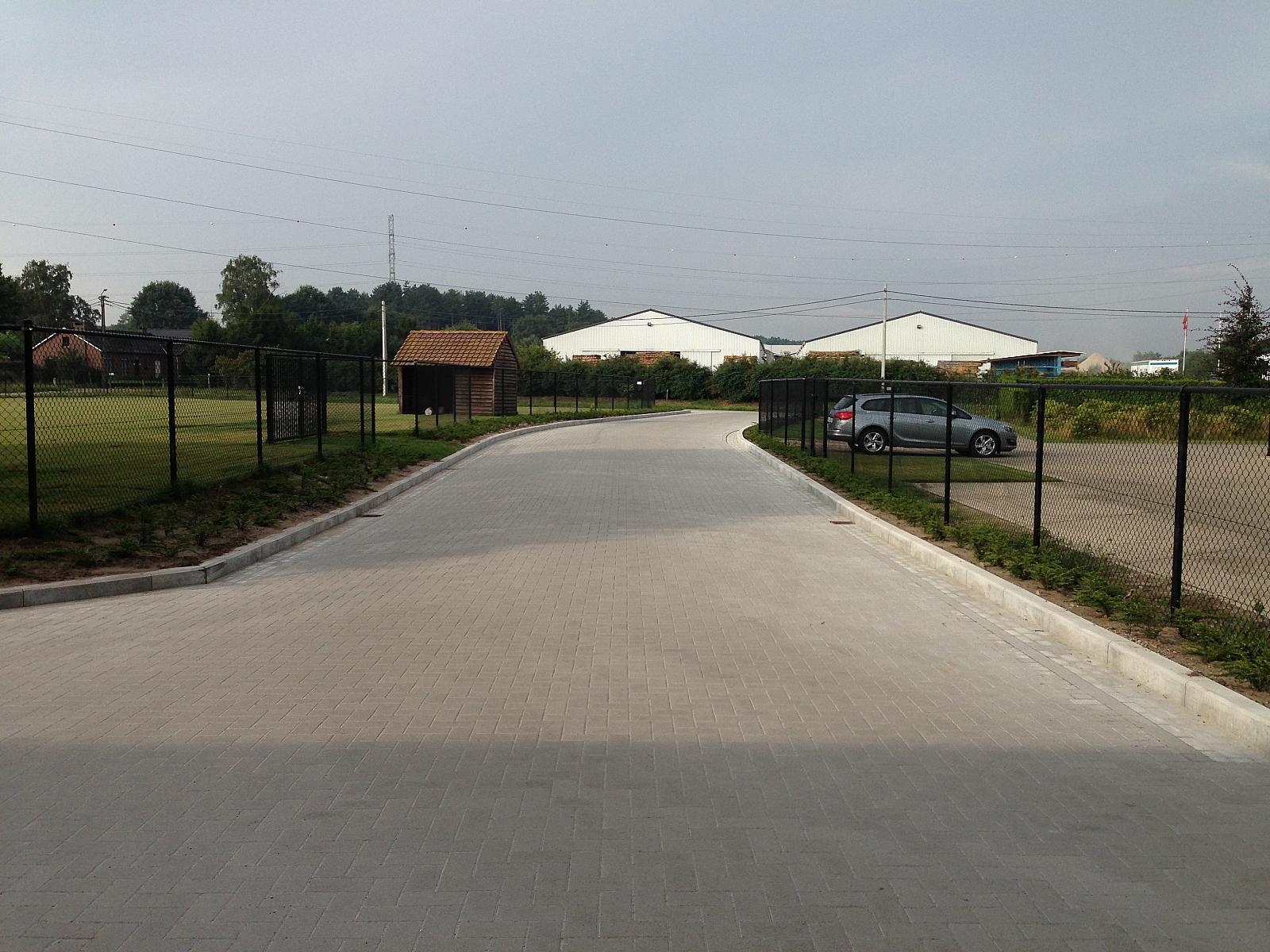 448-128-bmw-garage-meerhout